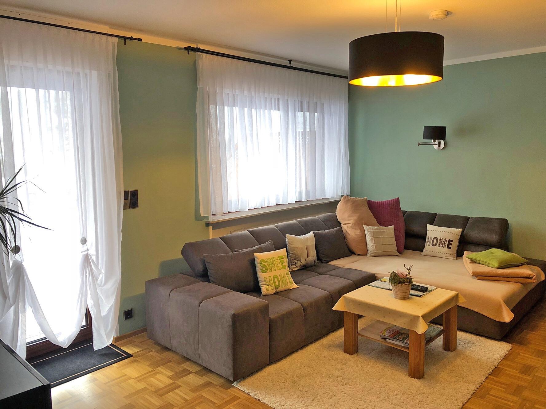 obj nr 5724 denk an mich sonnenverw hnte einliegerwohnung mit garage in krauchenwies. Black Bedroom Furniture Sets. Home Design Ideas